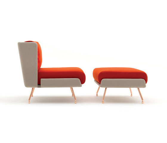 A&A Lounge Armchair + Ottoman di Knoll International | Poltrone lounge