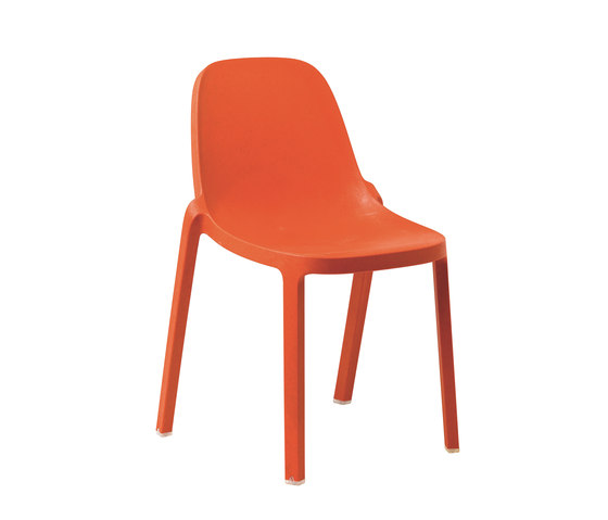 Broom Chair de emeco | Sillas para restaurantes