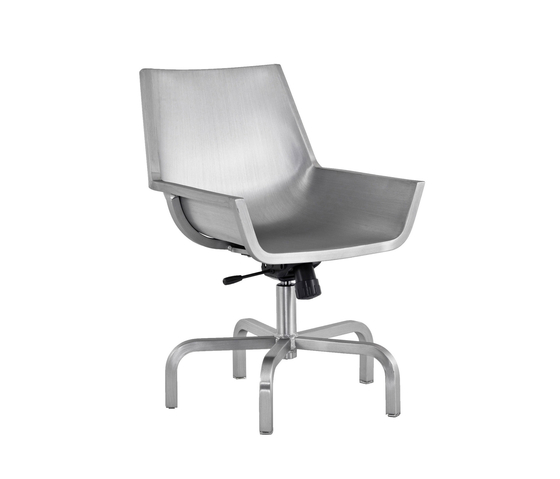 Sezz Swivel chair with glides de emeco | Sillas