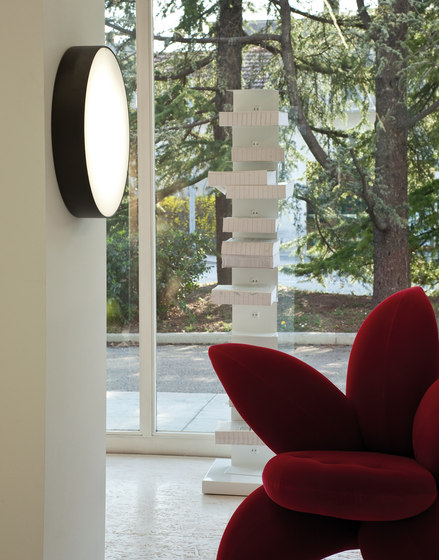 Lea Wall light by LUCENTE | General lighting
