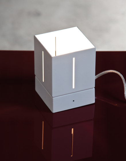 Mini Table light by LUCENTE | General lighting