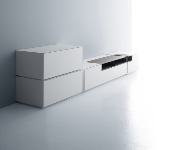 Inmotion wall system von MDF Italia | Multimedia Sideboards