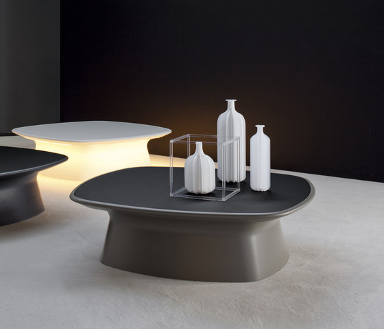 Aura by Bonaldo | Lounge tables
