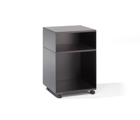 Stak container by Lampert | Pedestals