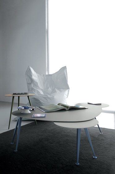 Mr.Hyde MH02 by Extendo | Lounge tables