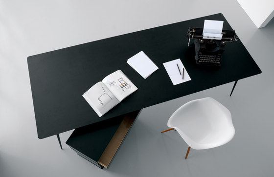 Spillo SP04 by Extendo | Dining tables