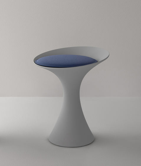 Kalé  Stool by Living Divani | Stools