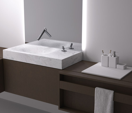 Flat XL Plus by Agape | Wash basins