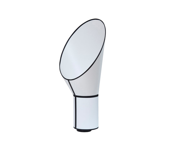 Cargo Lamp small von designheure | Allgemeinbeleuchtung
