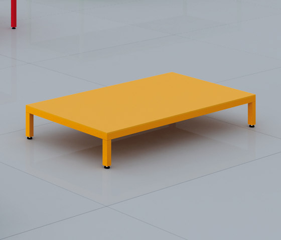 Cuatro by do+ce | Lounge tables