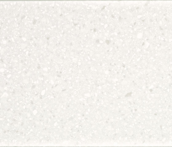 DuPont™ Corian® Antarctica de DuPont Corian | Revêtements de façade