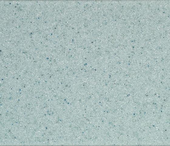 DuPont™ Corian® Aqua by DuPont Corian | Facade cladding