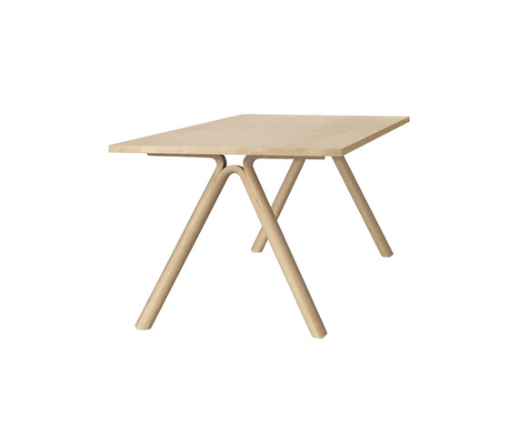 Split Dining Table by Muuto | Dining tables