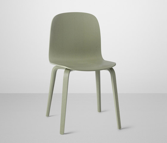 Visu Chair | wood base by Muuto | Restaurant chairs