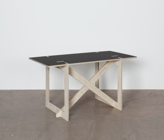 HT-723-X2 Home desk by Colin | Desks