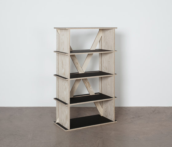 R-1425-3T Shelf di Colin | Children's area