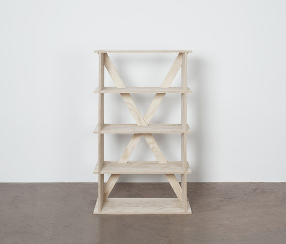 R-1425-3T Shelf by Colin | Children's area