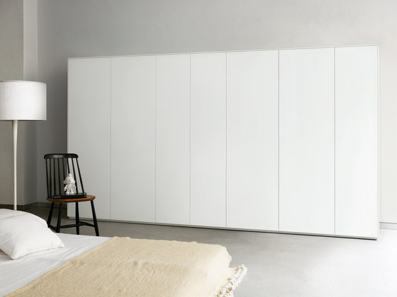 Line Cabinet by Piure | Cabinets