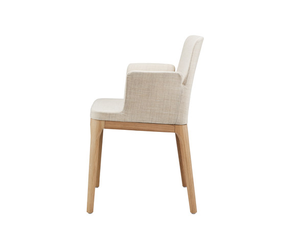 580 F by Gebrüder T 1819 | Restaurant chairs