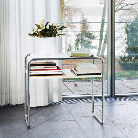 B 9 d/1 by Gebrüder T 1819 | Console tables
