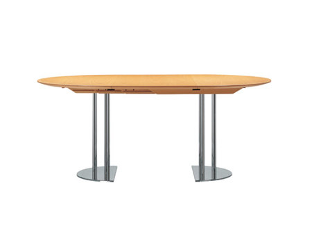 S 1047 by Gebrüder T 1819 | Dining tables