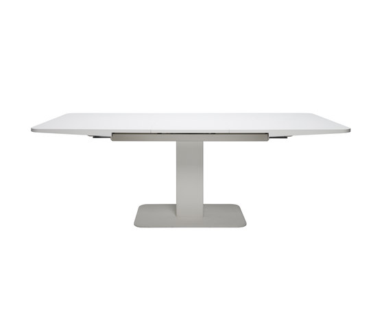 S 1055 by Gebrüder T 1819 | Dining tables