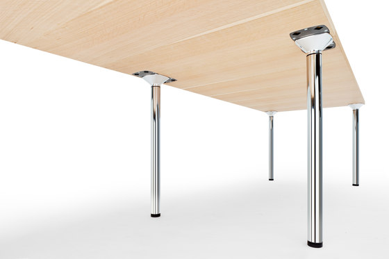 S 1300 by Gebrüder T 1819 | Seminar table systems