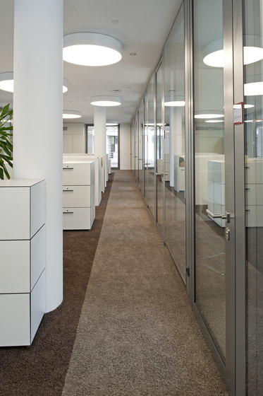 NORTEC raised floors by Lindner Group | Floor panels