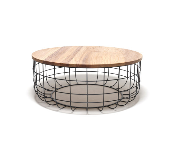 Wire Group Coffetable by Dare Studio | Side tables