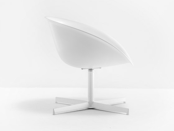 Gliss Lounge 360 by PEDRALI | Lounge chairs