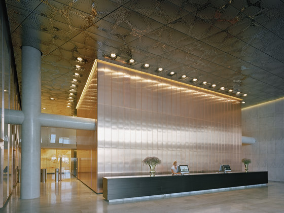 Customised ceilings by Lindner Group | Ceiling systems