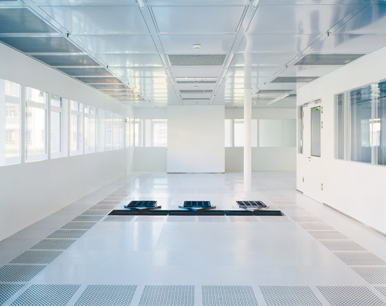 Clean Room Floors by Lindner Group | Metal flooring