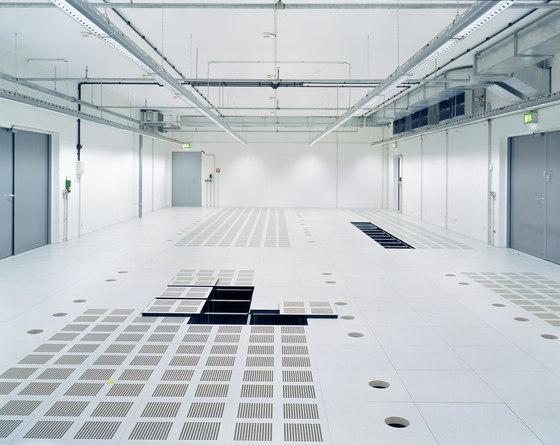 Clean Room Raised Floor : Clean room floors by lindner group product
