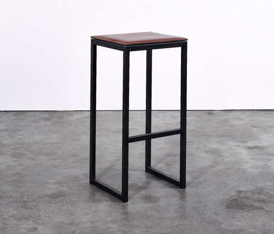 Stool on_03 de Silvio Rohrmoser | Taburetes