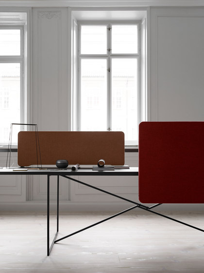 Edge Table Screen by Lintex | Table dividers