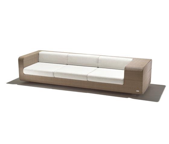 hug sofa by Schönhuber Franchi | Garden sofas