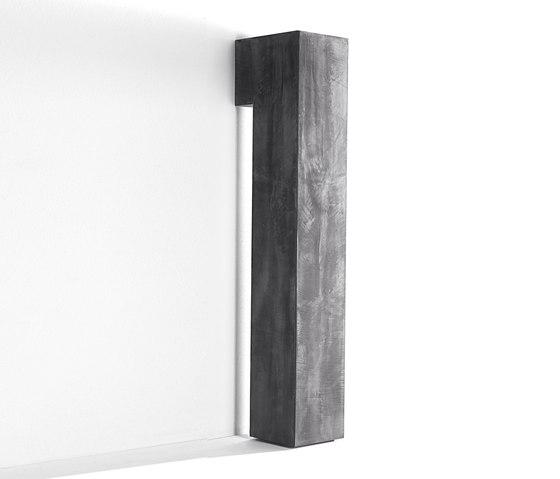 Le ragazze formose - in piedi Cemento by Opinion Ciatti | Lockers