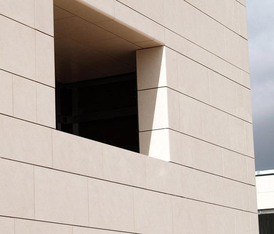 Peldaño técnico von Dune Cerámica | Fassadenbekleidungen