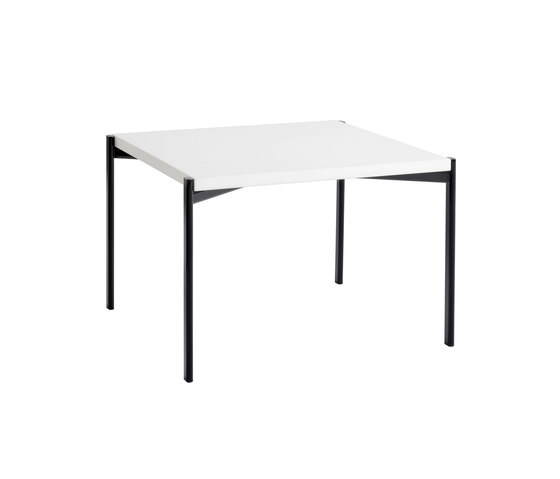 Kiki Side Table de Artek | Tables d'appoint
