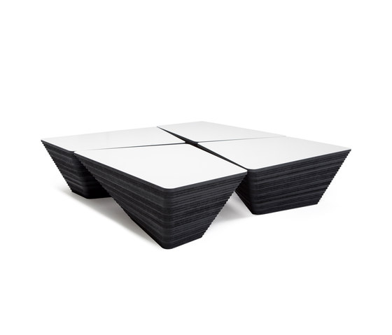 Stone Coffee table di Odesi | Tavolini da salotto