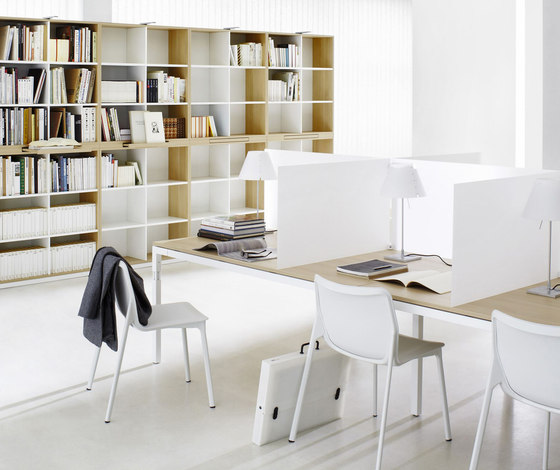 Q3 Series Office Workstation by ophelis | Desking systems