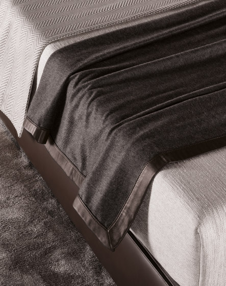 Cachemire by Minotti | Duvets / pillows