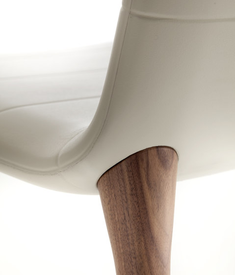 Pit | 284 by Tonon | Restaurant chairs