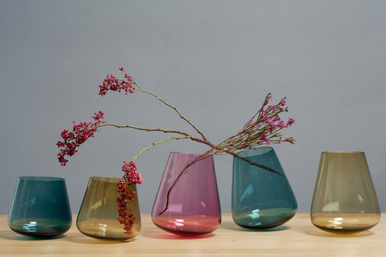 Stan & Harvey | Vases de Edition Nikolas Kerl | Vases
