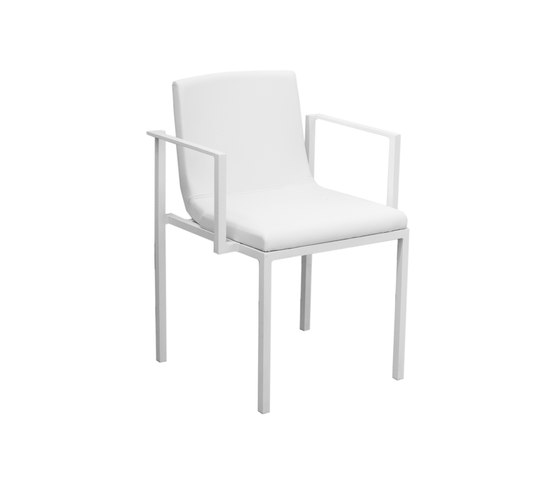 Una PE Armchair by Calma | Garden chairs