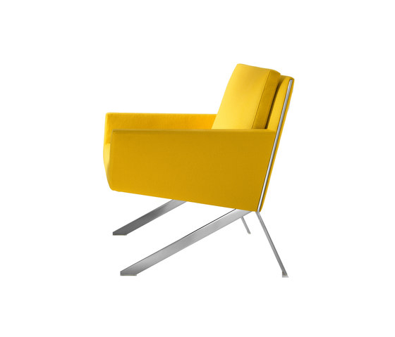 Theo by B&B Italia | Lounge chairs