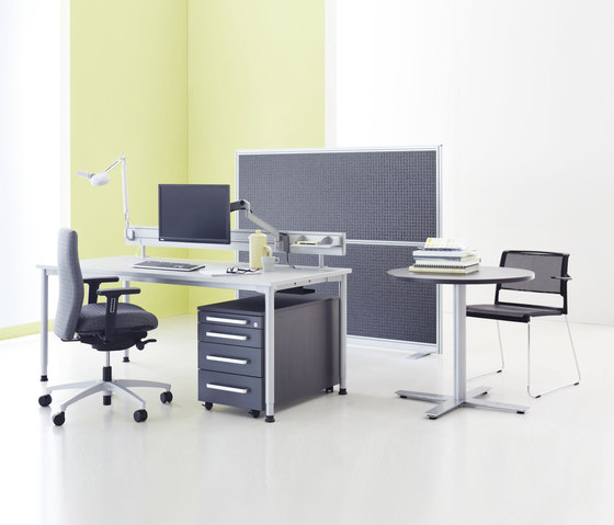 Z Series Desk by ophelis | Individual desks