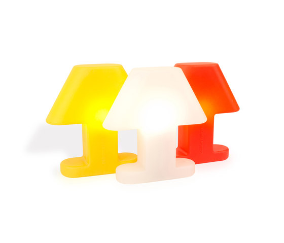 Flat Light Table lamp di Studio Eero Aarnio | Illuminazione generale