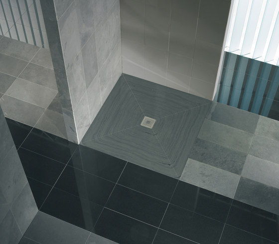 CeraFundo shower underlay by DALLMER | Plate drains