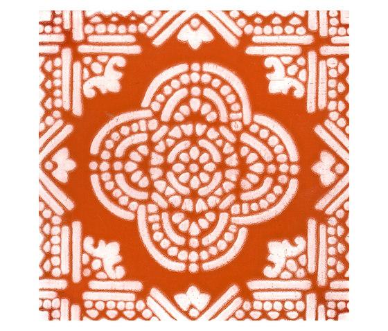 Madras Fondo bianco decoro arancio di La Riggiola | Piastrelle/mattonelle per pavimenti